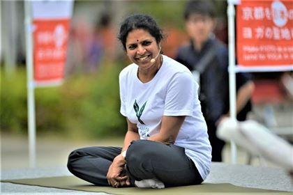 #11|誘導瞑想と平和を祈るマントラ|Neela Srinidhi| ニーラ スリニディ